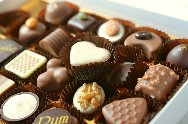 czekoladki z napisem